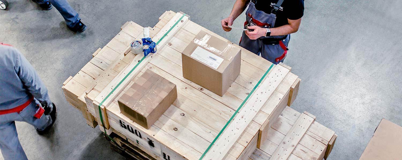 Stork | Kreative Metalltechnik | Logistik